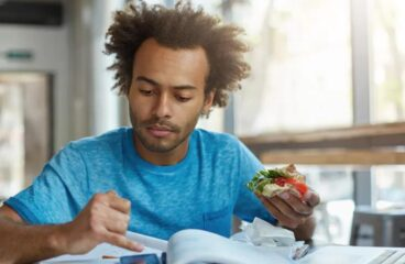 5 tips to save on food for a student